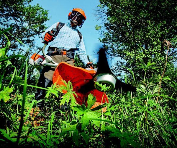 Quels sont les équipements de protection indispensables pour un jardinier ?
